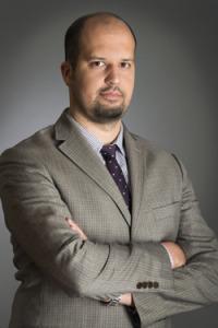 dr Maciej Ptak